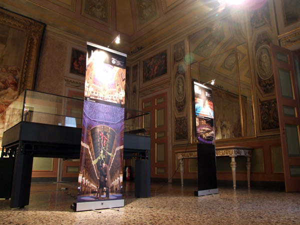 <div class=&quot;art-blockheader tit_gallery_sez&quot;> <div class=&quot;t titolopagina&quot;>Photografic exhibition at the Palazzo Reale</div> </div> <p><p>Year: 2010</p> <p>Client: Comune di Milano</p> <p>Designers: Davide Montanaro and Claudio Fiumicelli</p> <p class=&quot;testolungo&quot; style=&quot;text-align: left;&quot;>studiodsgn  cared for the photographic exhibition of artistic works shown during  the International Festival of Light in Milan. The exhibition was held  Monday, February 22 at the Palazzo Reale together with the winners&#8217;  award.</p></p> <span class='fotocounter'>3|4</span><span class='fotocounter'></span>